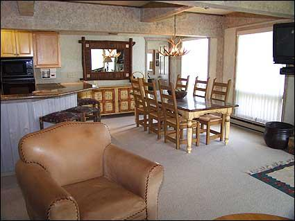 Tastefully decorated living area - Snowmass Condo -  (2121) - Snowmass Village - rentals