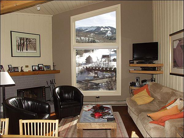 Living room with views of the slopes - Immaculate 2 Bed + Loft - Full Amenities (2158) - Aspen - rentals