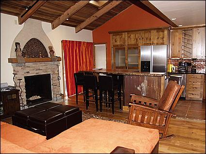 Living Room - New High-End Remodel - Close to restaurants and Shops (2335) - Aspen - rentals