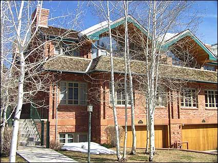 Stately Enclave Town Houses - Elegant Town Home - Walk to lifts (2622) - Aspen - rentals