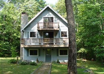 Roomy Beach Access Vacation Rental on Winnipesaukee (CRI82Bf) - Image 1 - Moultonborough - rentals