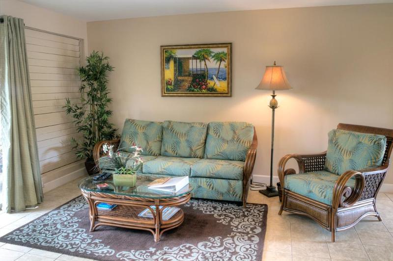 Beautiful new upscale furnishings! - Beautiful remodeled condo in oceanfront complex! - Lahaina - rentals