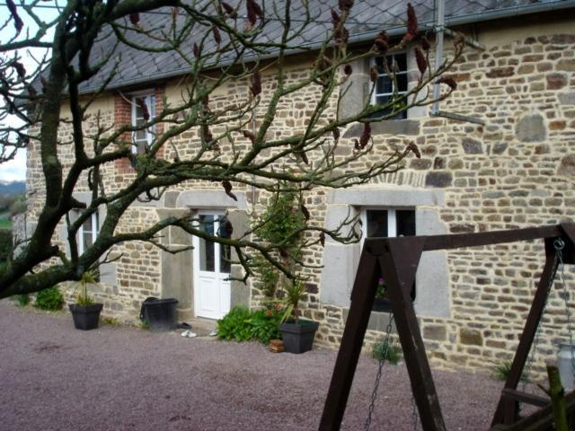 The Gite - 200yr old Gite <1 hr D-Day Beach with hot tub - Percy - rentals