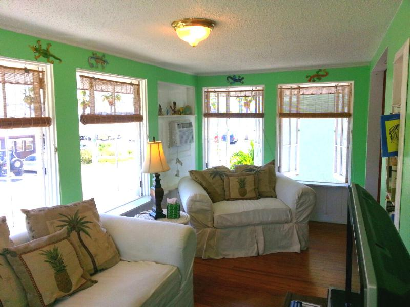 Beach views from the living room as you overlook Boca Ciega Bay - Fun and Funky Escape At Gulfport Beach - Gulfport - rentals