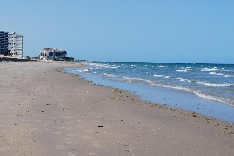 Pristine boca beach - 2 bed+den penthouse condo, private access to beach - Boca Raton - rentals