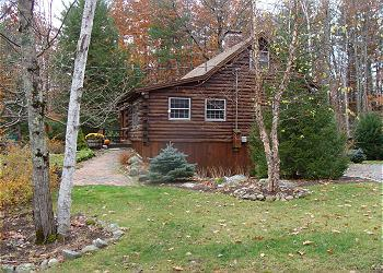 Sweet Log Cabin Vacation Rental Just a Short Walk to Sandy Beach (GRI15B) - Image 1 - Meredith - rentals
