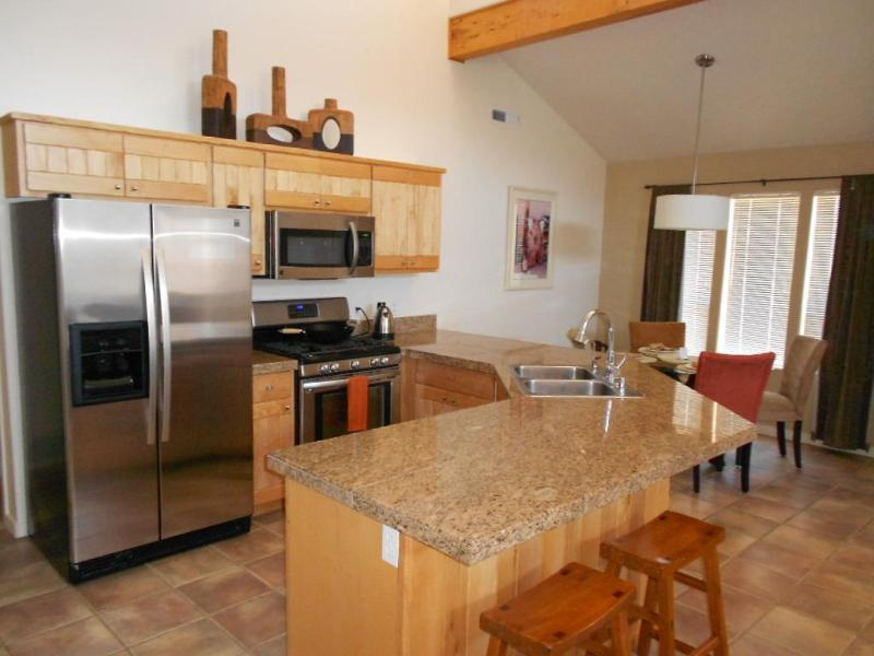 Kitchen centrally located for maximum entertainment. Seating for 6 people.  - Looking for a Quality vacation. You've found it! - Moab - rentals