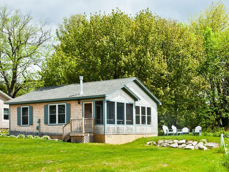 Seaclusion Cottage - Fabulous 2 bedroom cottage on Penobscot bay - Belfast - rentals