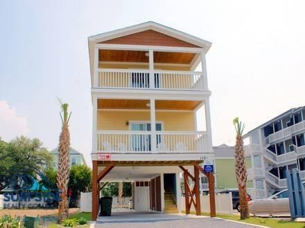 Above the Mango Deck - Image 1 - Surfside Beach - rentals