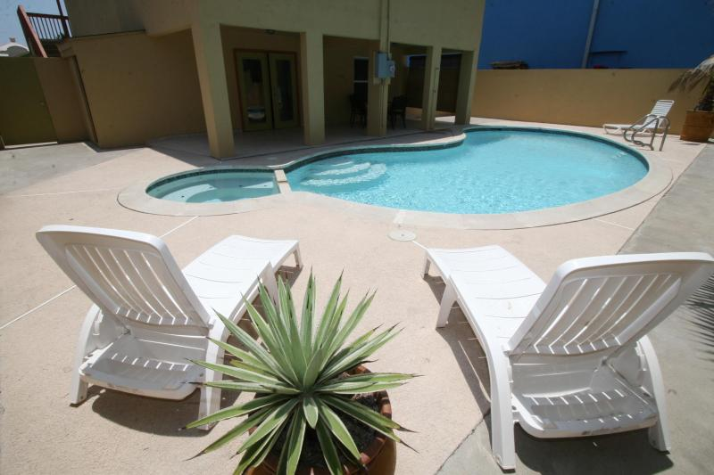 Large pool shared by two units - Fabulous duplex near the beach& boast a large pool - South Padre Island - rentals