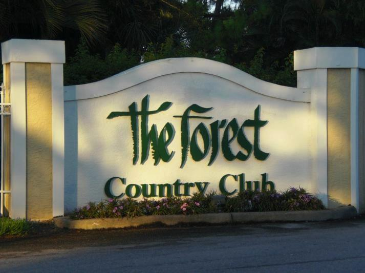 Entrance to the country club. - Beautiful condo at the Forest Country Club. April discount rate $750 per week . - Fort Myers - rentals