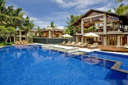 Villa Semarapura - Prestigious beachfront villa with numerous pavilions & great sea and sunset views - Image 1 - Seseh - rentals