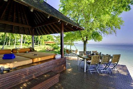Beachside Haven -  Pool, Jacuzzi, Waterfall, Full Staff - Anandita - Image 1 - Lombok - rentals