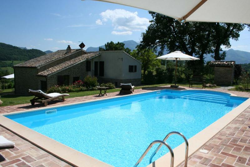 6 sleeps, private pool, air conditioning,Le Marche - Image 1 - Pergola - rentals