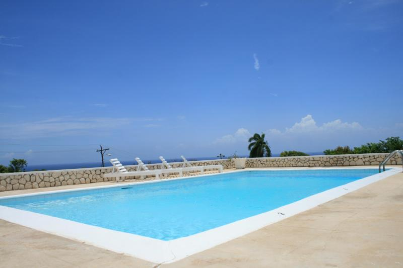 Large private pool w/ocean view - Villa Deja Vu - Montego Bay - rentals