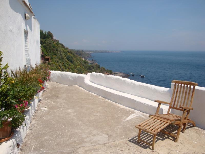 Sea view from the terrace - Luxurious suite with amazing view over the sea! - Acireale - rentals