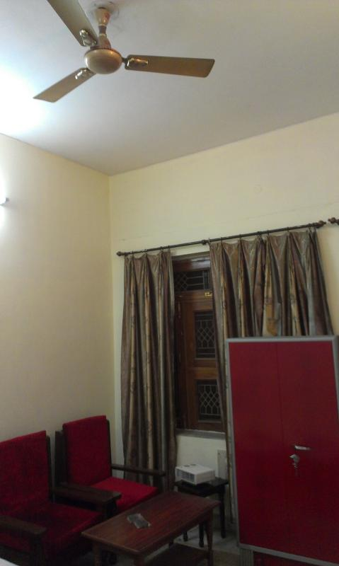 guest room - Guest house bungalow - Bed & Breakfast - Allahabad - rentals