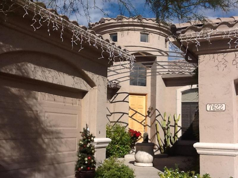 Beautiful Executive Home on Quiet cul de sac - Image 1 - Scottsdale - rentals