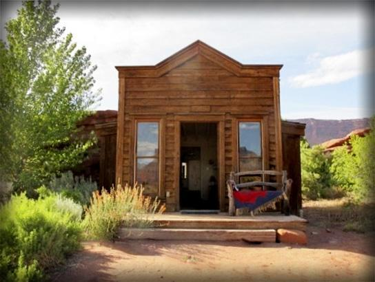 Escape it all - The Rustic, Moab Guest Cabin! LOOK - Image 1 - Moab - rentals