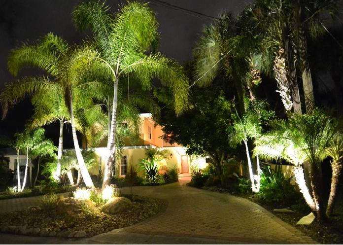 Palm Isle House Exterior - Palm Island House - seen in NYJL House Tour 2014! - Siesta Key - rentals