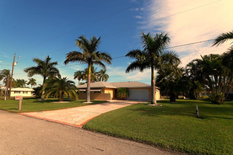 Wischis Florida Home - Applebee - Applebee - Cape Coral - rentals