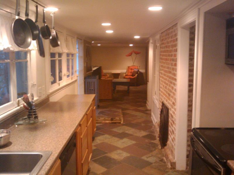 Kitchen/entrance - New Orleans Garden District Vacation Rental - New Orleans - rentals