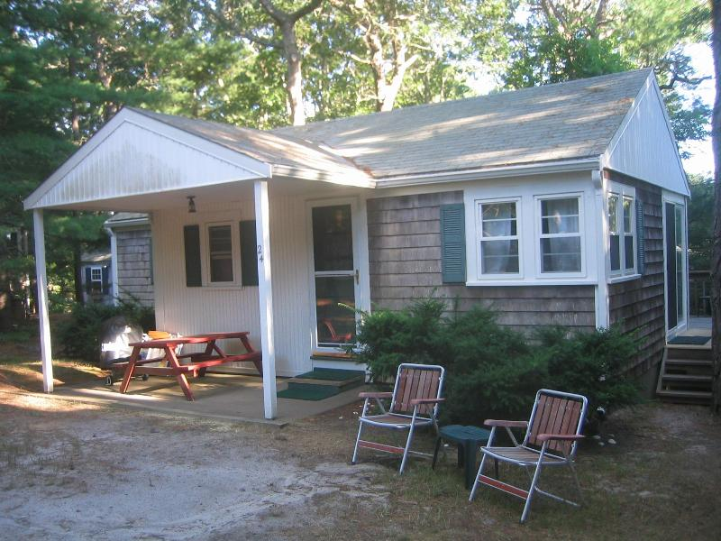 Front of cottage - set back on quiet cul de sac - Cape Cod Pine Grove Cottage - 1/2 mile from beach! - South Chatham - rentals
