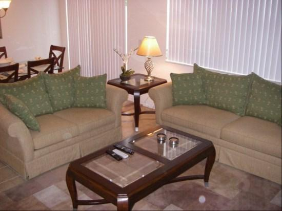 Living Area - CB3T5163AL 3 BR Disney Town House with a Relaxing Pool - Kissimmee - rentals