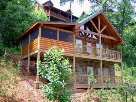Bears Treehouse - Bears Treehouse 1 BR Log Home Summer Specials - Gatlinburg - rentals