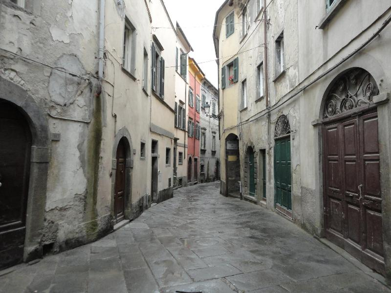 Our street - Casa Del Re in Pontremoli Historic Center - Pontremoli - rentals