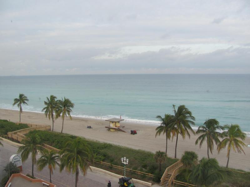 Hollywood Beach Awaits You - Awesome Oceanfront Studio - Hollywood Beach Resort - Hollywood - rentals