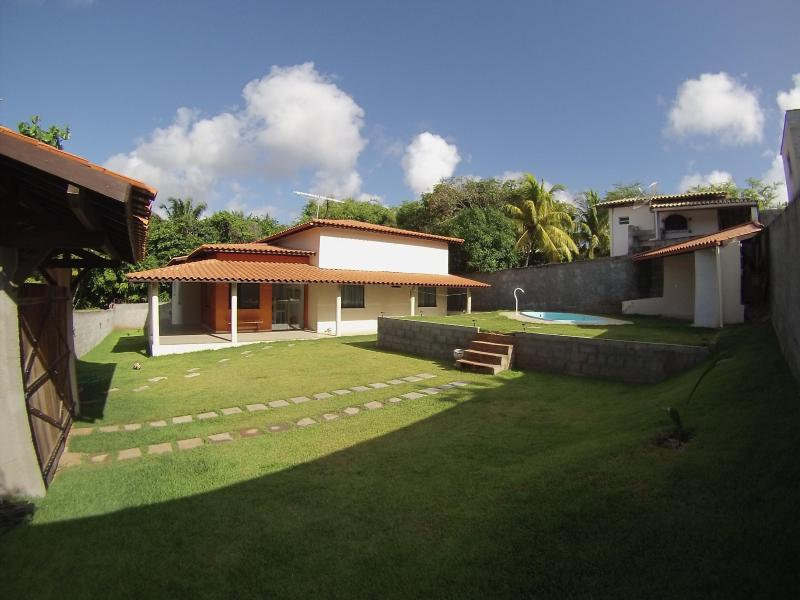House, pool and deck - Litoral Norte , Salvador , Near Praia Do Forte (20 km), 35 km  north of Salvador airport - Salvador - rentals