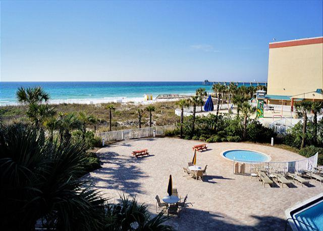 BEACHFRONT! GREAT VIEWS SLEEPS 9! OPEN 8/23-30! 15% OFF! - Image 1 - Fort Walton Beach - rentals