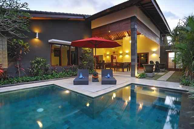 Private pool with sun lounges - Pulau Tenang Bali Villas - 5 Bedroom Family Villa - Denpasar - rentals