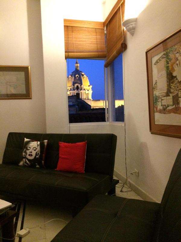 THE BEST PRICE FOR THE BEST LOCATION - Image 1 - Cartagena - rentals