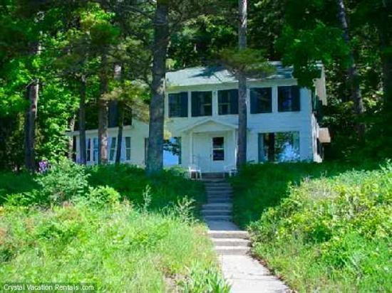 Front View - Beautiful View of Crystal Lake, 110 ft of Lakefront - Frankfort - rentals