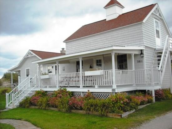 Front of Home - Point Aux Bec Scies - Frankfort - rentals