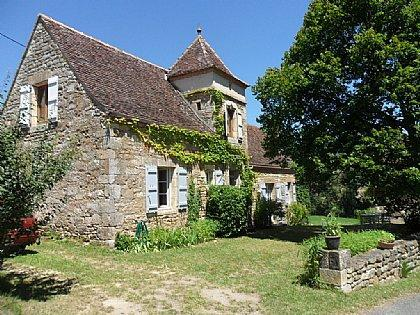 Springtime at Gite Diane - Charming, roomy country gite for 2 to 4 people - Cazillac - rentals