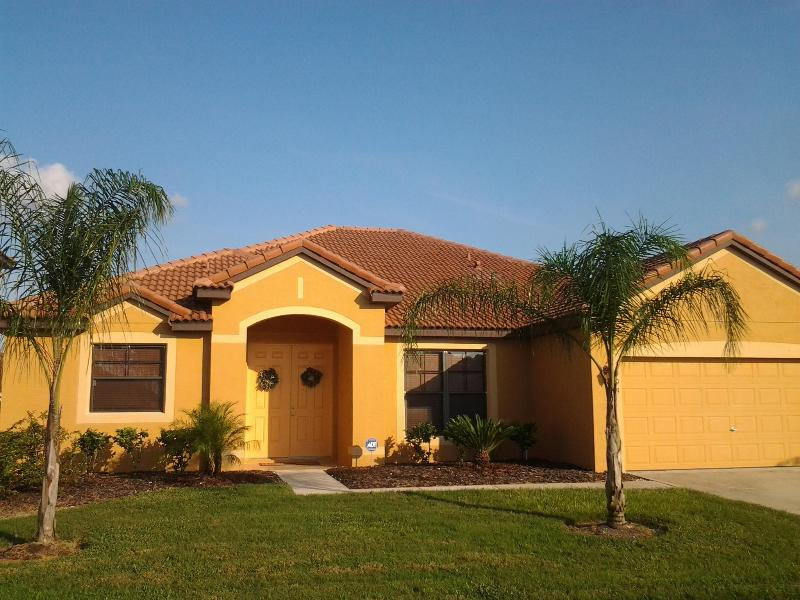 Gorgeous Home - Beautiful 4 Bedroom Home With Salt Water Pool - Kissimmee - rentals