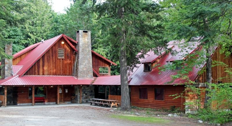 The Dirtyface Lodge - Summer! - 10 Bedrooms!  Split cost with family/friends! - Leavenworth - rentals