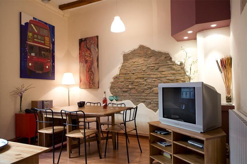 Born Picasso A - Trendy design & superb location - Image 1 - Barcelona - rentals