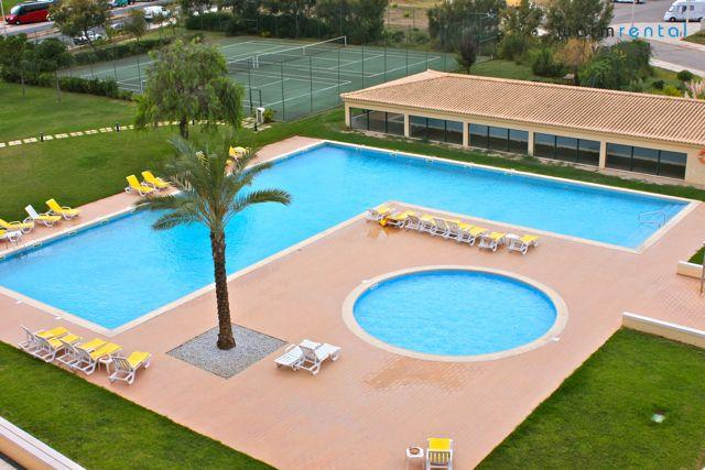 Pool Area  - Yellow Cupid Apartment - Portugal - rentals