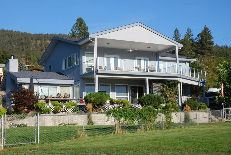 Gable Beach Vacation Suites - SPECTACULAR LAKE VIEW GABLE BEACH VACATION SUITES - Lake Country - rentals