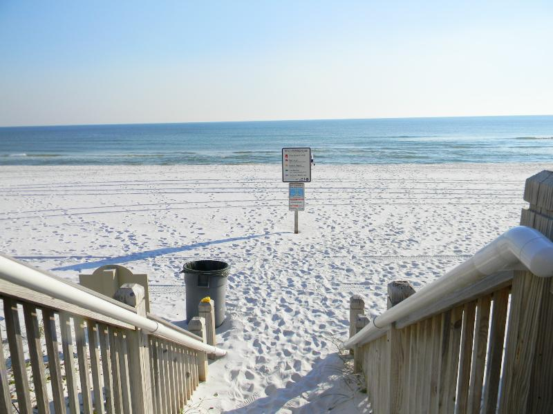 Waterscape 422A - Book Online! Resort Pool Views on Okaloosa Island! Low Rates! Buy 3 Nights or More Get One FREE! - Image 1 - Fort Walton Beach - rentals