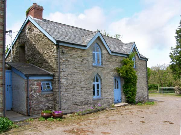 MAESGWYN rural location, pet-friendly, great walking area in Cardigan Ref 905771 - Image 1 - Cardigan - rentals