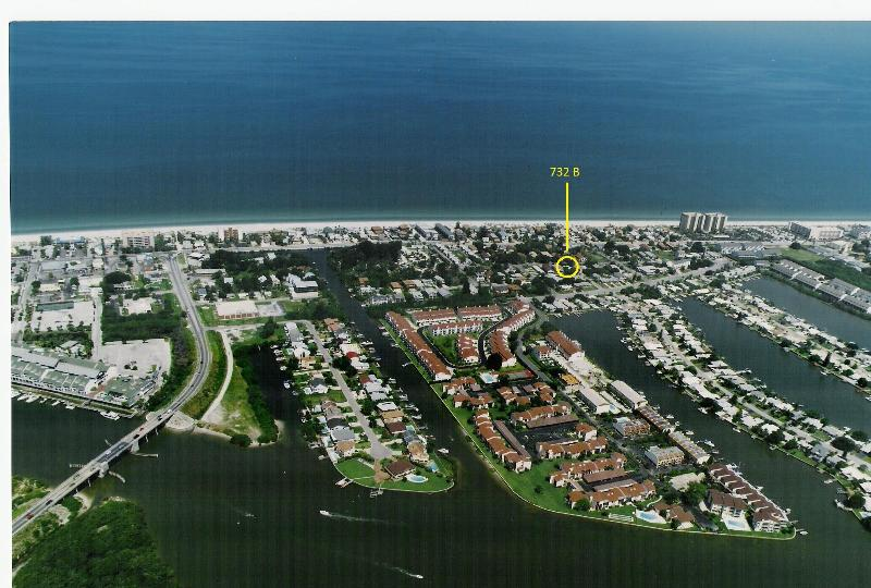 33% OFF - The SUNNY SPOT nr Beach At Indian Rocks - Image 1 - Indian Rocks Beach - rentals