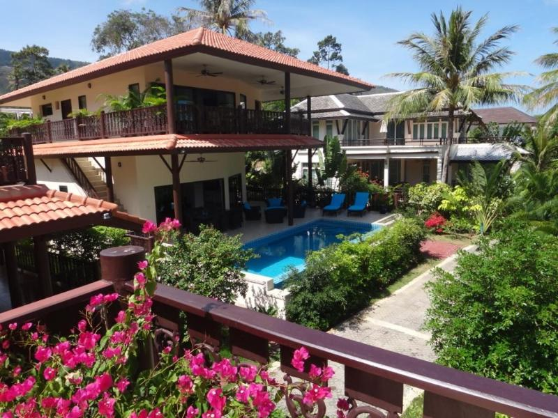 Luxury villa with private pool near Bang Po beach - Image 1 - Koh Samui - rentals