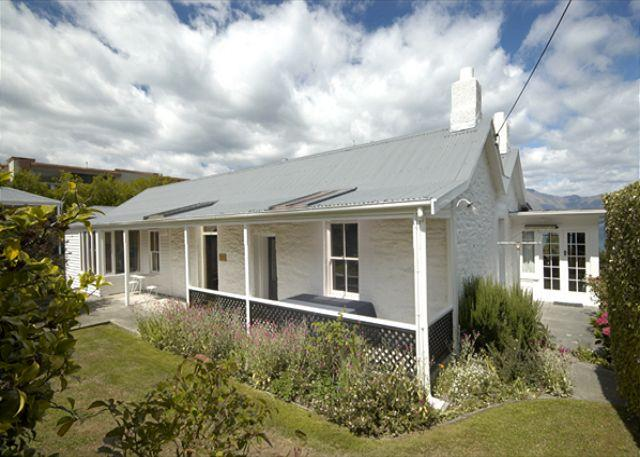 Stonehill Cottage - Image 1 - Queenstown - rentals