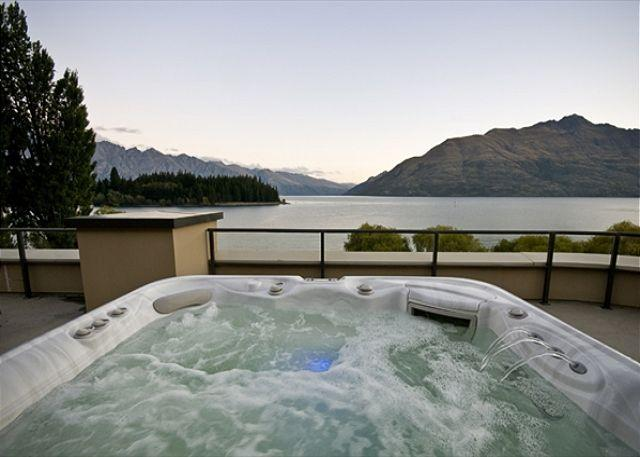 Peppers The Waterfront Penthouse - Image 1 - Queenstown - rentals