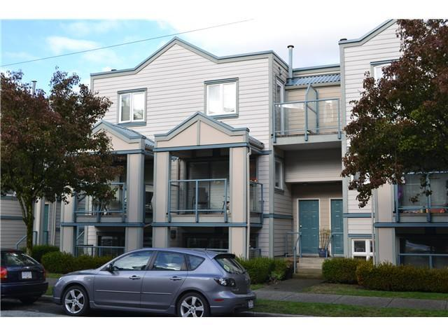 Stunning 2 Bedroom Townhouse in trendy Fairview - Image 1 - Vancouver - rentals